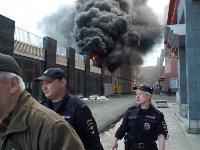 Загорелся недостроенный ТЦ на Красноармейском проспекте, Фото: 33