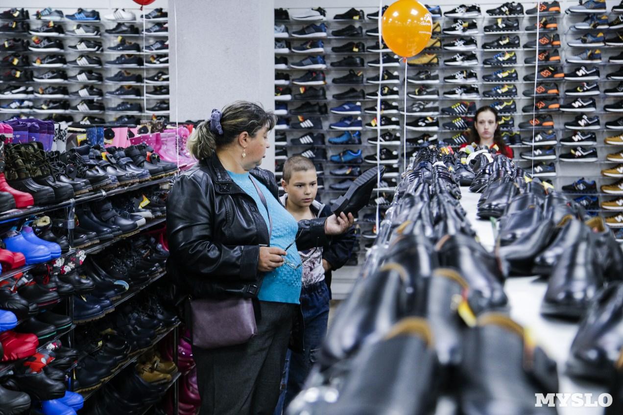 34bb9d57c077 Магазин «Планета Одежда Обувь» на Красноармейском проспекте поздравил детей  с праздником - Новости компаний Тулы и области – Фотогалерея, фото 21 -  MySlo.ru