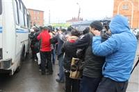 В ходе зачистки на Центральном рынке Тулы задержаны 350 человек, Фото: 32