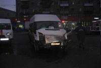 ДТП с двумя маршрутками на пересечении ул. Советской и Красноармейского пр. 06.03.2014, Фото: 3