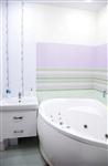 Винтерьере санузла применена коллекция плитки всветлых пастельных тонах, чтобы визуально увеличить объем помещения., Фото: 8
