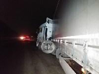 На обочине дороги Тула-Новомосковск в районе Петелино застряла фура, Фото: 5