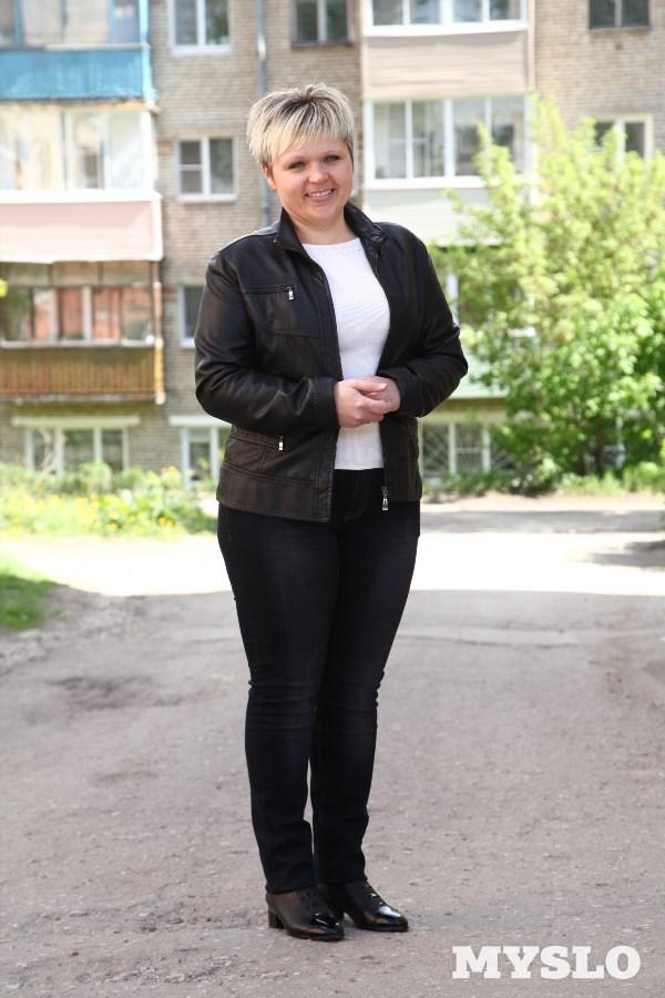 Мария Турураева, 32 года. Рост 160 см, вес 78 кг. «Очень хочу похудеть. У меня двое детей, и мне хочется быть более активной и мобильной мамой. А ещё я мечтаю носить одежду меньшего размера, чем у меня сейчас. Помогите мне!»