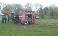 Скорая и пожарные застряли в грязи, Фото: 5