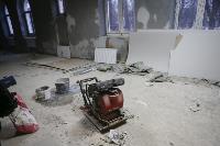 Дмитрий Миляев проверил, как идет ремонт вечерней школы на ул. Зорге, Фото: 1
