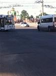 В центре Тулы столкнулись автобус, троллейбус и легковушка, Фото: 1
