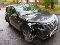 На ул. Тимирязева машина повалила дерево после ДТП с такси, Фото: 3