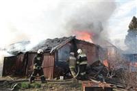 На Калужском шоссе загорелся жилой дом, Фото: 4