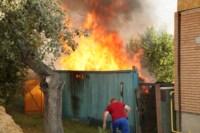 На улице Патронной загорелся частный дом, Фото: 3
