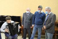 Депутаты Тульской облдумы посетили производство музыкальных инструментов, Фото: 20