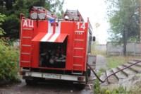 В Скуратово загорелось заброшенное училище, Фото: 10