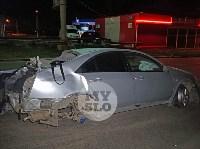 Крупное ДТП на ул. Металлургов в Туле: Nissan снес столб, пассажирку вышвырнуло из машины, Фото: 27
