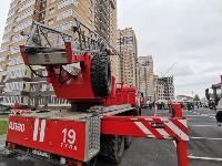 Тульские пожарные провели соревнования по бегу на 22-этаж, Фото: 23