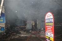 На ул. Оборонной в Туле сгорел магазин., Фото: 21