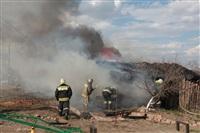 На Калужском шоссе загорелся жилой дом, Фото: 2