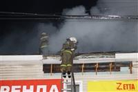 На ул. Оборонной в Туле сгорел магазин., Фото: 34