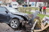 ДТП на пр. Ленина: BMW снес остановку, Фото: 15
