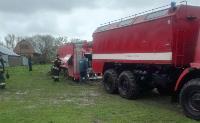 Скорая и пожарные застряли в грязи, Фото: 8