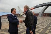 Владимир Груздев проинспектировал строительство мемориала «Защитникам неба Отечества». 20 июля 2015, Фото: 5