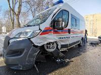Автомобиль газовой службы попал в ДТП на ул. Первомайской и потерял колесо, Фото: 7