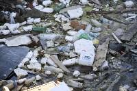 Незаконную свалку на берегу Тулицы спрятали под грудой земли, Фото: 25