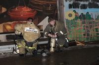 На ул. Оборонной в Туле сгорел магазин., Фото: 17
