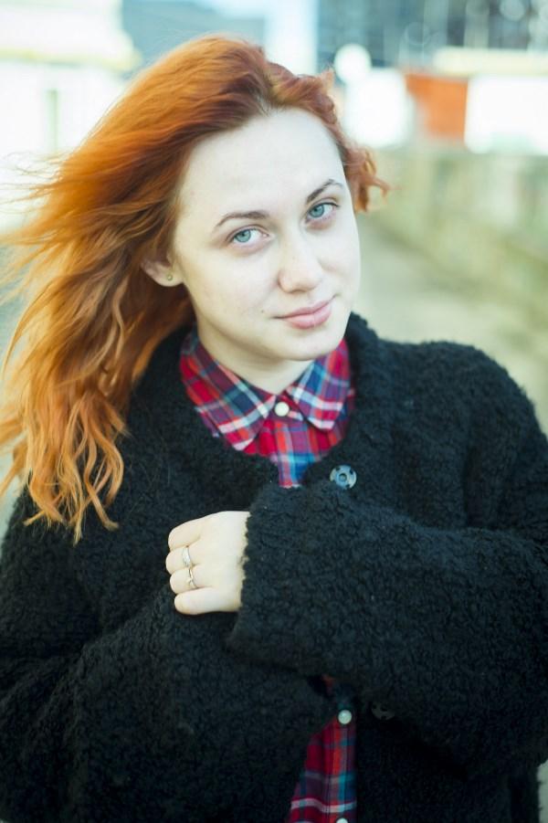 Елена, 23 года. Помогите мне.. По возвращению в Россию, никак не могу привести свои дела в порядок, не знаю с чего начать. Может быть, с внешнего вида. Но во мне столько страхов.