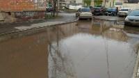 В Туле у дома на ул. Литейная, 3 перекрыта дождевая канализация, Фото: 4
