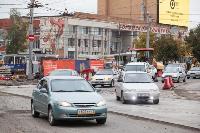 На ул. Советской в Туле убрали дорожные ограждения с трамвайных путей, Фото: 5