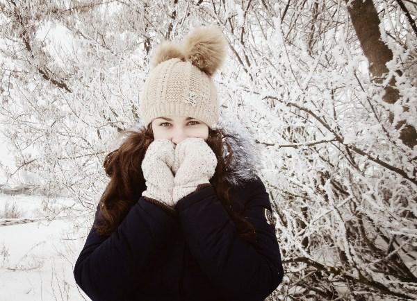Зима — единственное время года, когда все могут проникнуть в сказку и верить в чудеса, словно маленькие дети. Самое волшебное время в году!