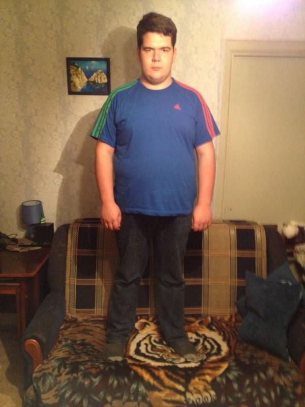 Здравствуйте, меня зовут Александр, мне 20 лет. На данный момент мой вес составляет 120 кг. Я должен победить потому что я слишком целеустремлен, амбициозен и мечтателен, а для воплощения всех своих идей в жизнь мне необходим   фирменный внешний вид! =)))))