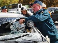 В Туле на ул. Оборонной Renault Logan после ДТП опрокинулся набок, Фото: 17