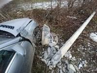 В Туле Mercedes повалил фонарный столб, Фото: 2