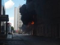Загорелся недостроенный ТЦ на Красноармейском проспекте, Фото: 20