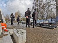 В Туле входы в храмы и на кладбища перекрыты полицией, Фото: 10