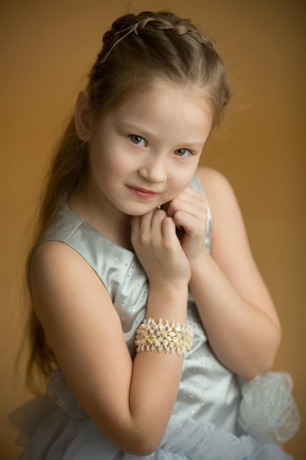 Яна Сидорова, 7 лет