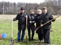 «Тульское землячество» высадило молодые деревья в музее-усадьбе «Дворяниново», Фото: 5