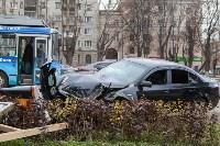 ДТП на пр. Ленина: BMW снес остановку, Фото: 11