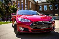 Владелец первого электромобиля Tesla рассказал, почему теперь не хочет ездить на других машинах, Фото: 29