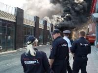 Загорелся недостроенный ТЦ на Красноармейском проспекте, Фото: 44