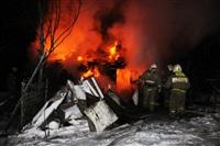 В Туле пожарные потушили сарай рядом с жилым домом, Фото: 1
