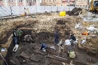 На Крестовоздвиженской площади Тулы обнаружено кладбище 18 века, Фото: 24
