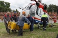В кремле приземлился вертолет, который установит шпиль колокольни, Фото: 23