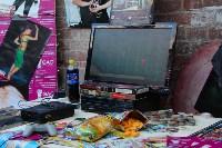 Картонная ночь в Туле: Теория хлама, восстание вещей, панки и настройщик, Фото: 7