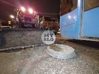 В Туле у трамвая отвалилось колесо и в него врезалась легковушка, Фото: 2