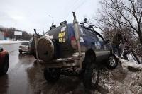 В Туле опрокинувшийся в кювет BMW вытаскивали три джипа, Фото: 10