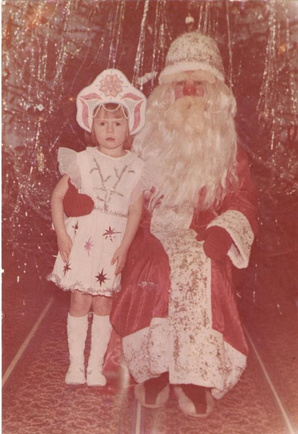 Платье шила мама, корону делал папа! (это на самом деле самое дорогое и любимое.. жаль осталось только на фото!)