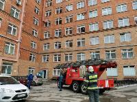 Учения МЧС: В Тульской областной больнице из-за пожара эвакуировали больных и персонал, Фото: 23