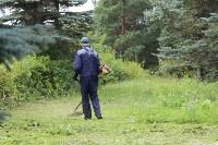 «Экопатруль» в Одоеве навел порядок у памятника конникам генерала Белова, Фото: 2