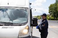 Полицейский рейд в тульских маршрутках: на пассажиров без масок составляют протоколы, Фото: 17